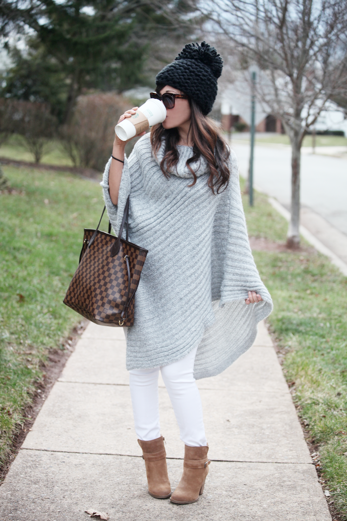 Bookmark this! Gorgeous Gray Poncho that is perfect for Fall!